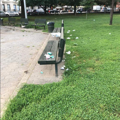 Trash near East Harlem, Manhattan Community Board 11, Manhattan, New York County, New York, USA