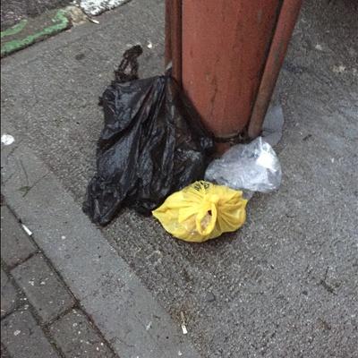 Trash near Çelebi Mehmet Lisesi, İpekçilik Caddesi, Karaağaç Mahallesi, Yıldırım, Bursa, Marmara Region, 16010, Turkey