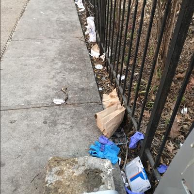 Trash near El Gallo Social Club Inc., East 118th Street, East Harlem, Manhattan, Manhattan Community Board 11, New York County, New York City, New York, 10035, USA