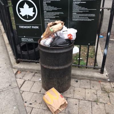 Trash near 1932 Arthur Avenue, New York