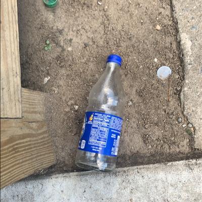 Trash near 147, 1st Avenue, Kips Bay, Manhattan Community Board 6, Manhattan, New York County, New York, 10003, United States of America