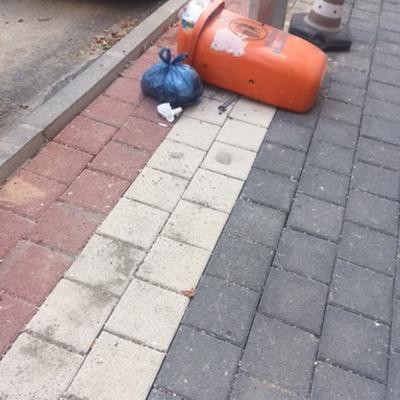 Trash near Çukur Aralık Sokak, Karaağaç Mahallesi, Yıldırım, Bursa, Marmara Region, 16010, Turkey