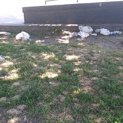 Trash near 52 Bayard Street, New York