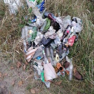 Trash near Wspólna, Zielona-Grzybowa, Wesoła, Warsaw, Masovian Voivodeship, 05-075, Poland